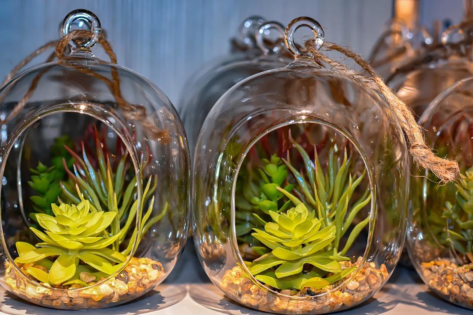 Embellir ses pièces d'intérieures avec des plantes artificielles est une autre alternative